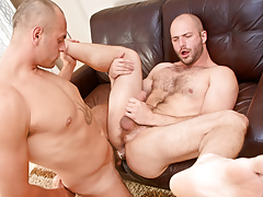 Cock-hungry shaggy animal David slobbers over Enzo's veiny rod