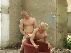 Naughty fairy-haired guys taking in and fucking bareback outdoor in 4 clip