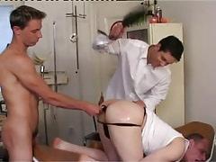 Dirty homosexuals spank and dildofuck men wazoo